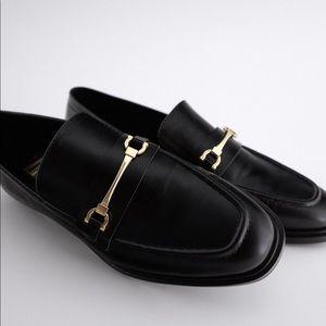 🆕 ZARA Metal Buckle Loafer Size 36